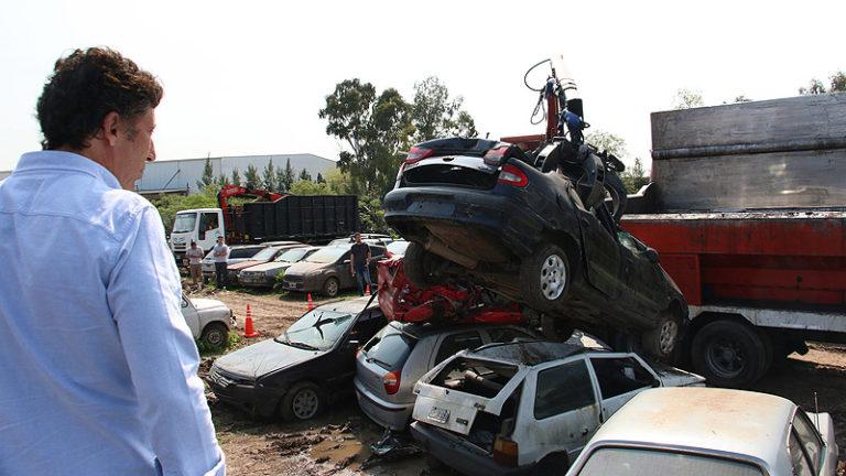 BOULOGNE: SIGUEN LOS INCENDIOS QUE BORRAN ROBOS