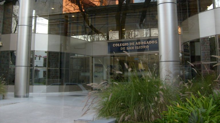 ELECCIONES ABOGADOS SAN ISIDRO: ¿EL MOMENTO DEL POSSISMO?