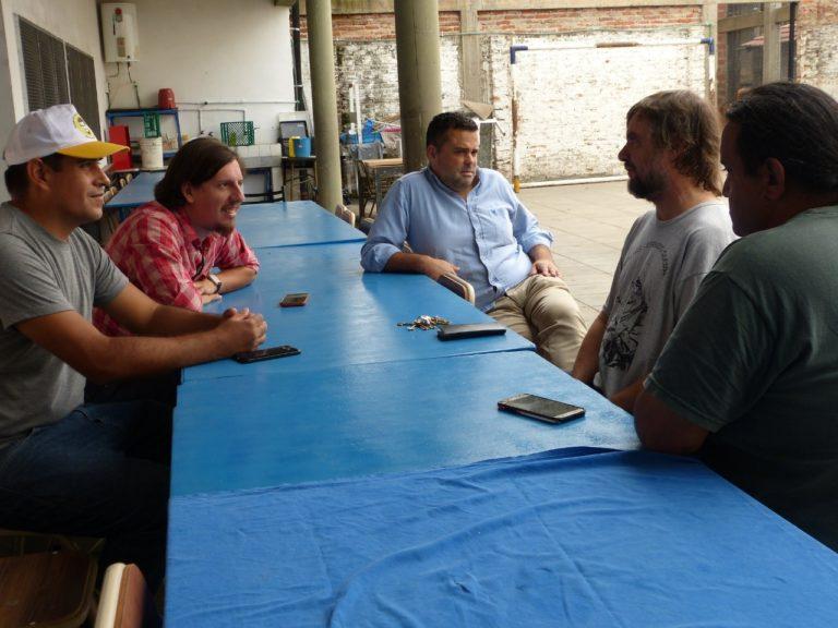 MENENDEZ Y EL PADRE PEPE: UN ENCUENTRO PARA CONTENER EN LOS BARRIOS
