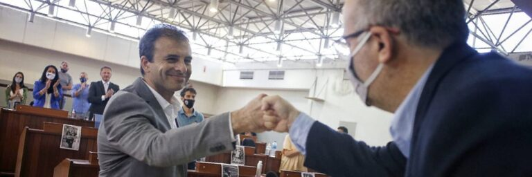 ANTICIPO – DURO REVES JUDICIAL PARA VALENZUELA: SU CUÑADO SUSPENDIDO DEL HCD
